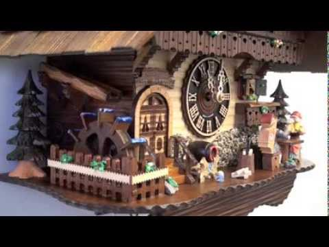 Black Forest Cuckoo Clock 1 Day Chalet Musical w/ Toasting Figures, 12.5