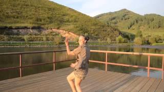 Танец-кружение СпинФлай (SpinFly Ameli)
