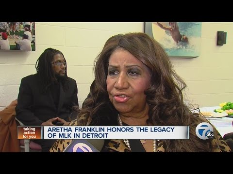 Aretha Franklin honors the legacy of Dr. Martin Luther King, Jr.