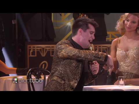Panic! At The Disco Performs 'Death of a Bachelor'!