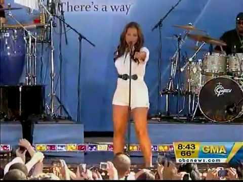 Alicia Keys  Try Sleeping With A Broken Heart  @ Good Morning America