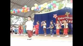 Lao children sings a song at Dongdok kindergarden in Vientiane, Laos