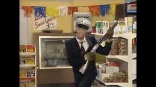 Джим Керри - Пожарный инспектор Билл в супермаркете(После длительного ремонта, супермаркет, - наконец, готов к открытию. Руководство супермаркета уже готово..., 2012-06-14T06:52:01.000Z)