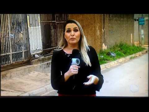 Moradores do Itapoã atacam viatura da PM para tentar impedir prisão