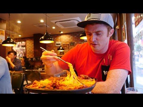 Korean Food in Tokyo, Japan | Trying Cheese Dakgalbi & Bingsu in Koreatown