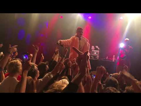Lil Peep - Hellboy & Drive-By (live @ Patronaat in Haarlem 09.22.17) RIP💔