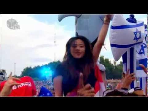 (Tomorrowland 2013) Hardwell & W&W - Jumper (Original Mix)