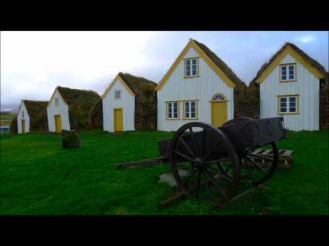 Typical icelandic houses, Glaumbaer, ICELAND — Típicas casas islandesas en Glaumbær, ISLANDIA