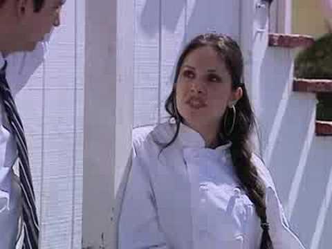 Natalia abusa de sandra cuando no se puede defender