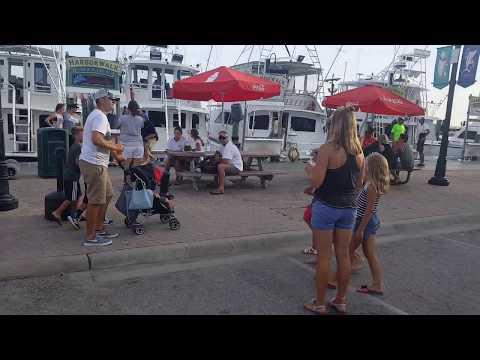 Destin Boardwalk fun family activities