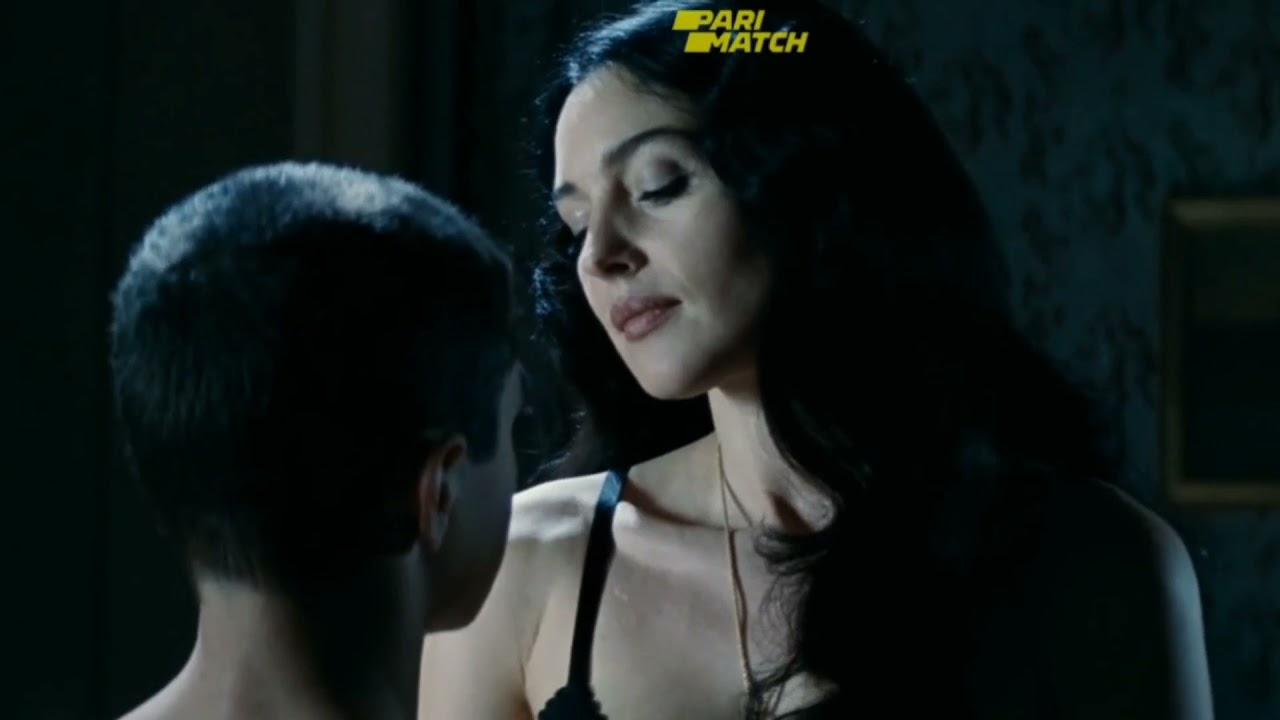 Download Malena Movie Explain in Hindi | Italian Movie | #shorts #malena #italian
