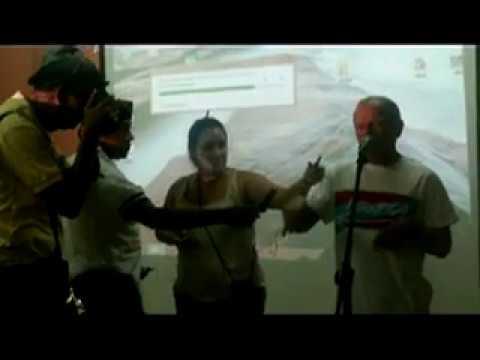 Oscar López Rivera dedica sus palabras al pueblo de Caimanera.