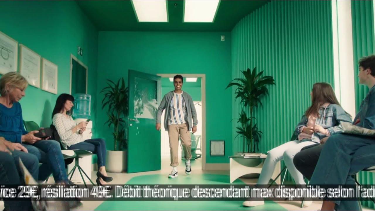 """Musique de la pub La Fibre Red by SFR – le dentiste """"c'est vert c'est clair""""  2021"""