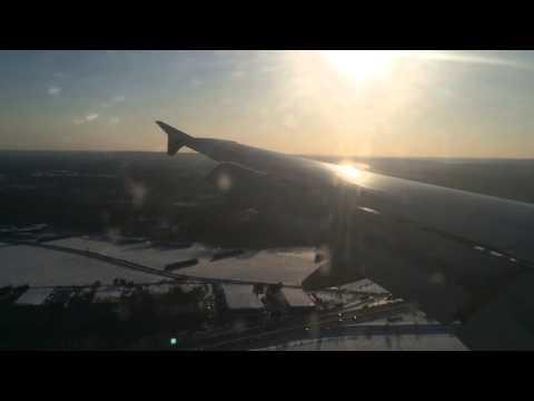 Jetblue Landing at Bradley International Airport (Hartford/Springfield)