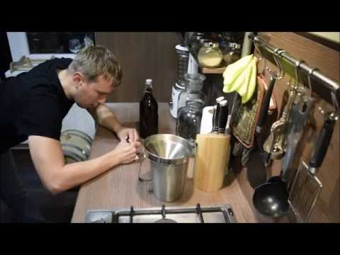 Настойка на кедровых орешках с барбарисом и мёдом. Кедровка.
