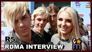 R5 Talks Body Switching & Does Impressions - 2014 Radio Disney Music Awards Interview
