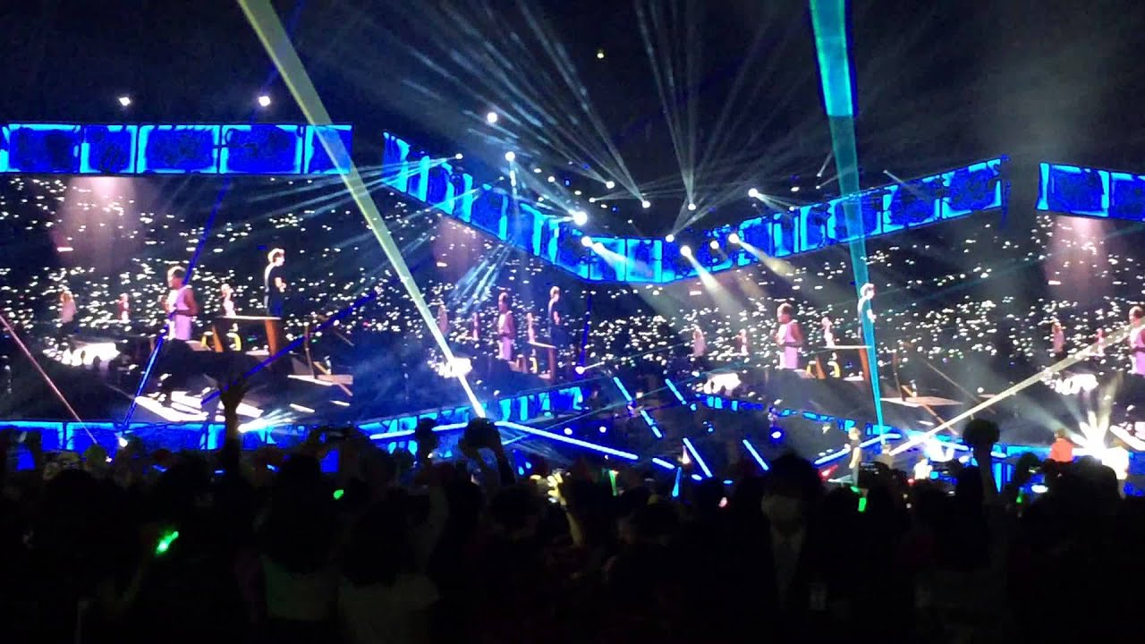'You & I' One Direction @ Saitama Super Arena Japan on 27Feb2015 - YouTube