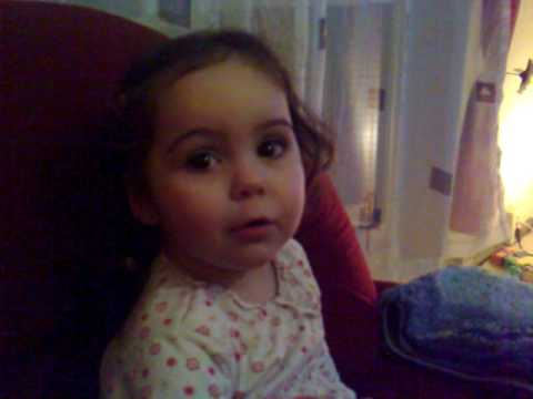 Leyla singt Bummi Lied