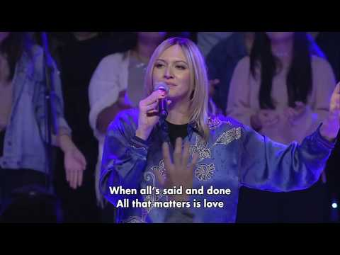 Hillsong Church- Glimmer In Dust ( Legendado PT-BR)