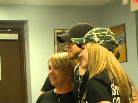 Brantley gilbert talks about his tight jeans at meet and greet youtube brantley gilbert talks about his tight jeans at meet and greet m4hsunfo