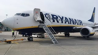 TRIPREPORT | Ryanair Boeing 737-800 | Madrid to Porto