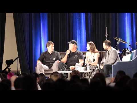 Wizard World Chicago Comic Con 2015 - Firefly panel