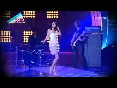 Selena Gomez & the Scene - Un Año Sin Llover (Fama Revolution)