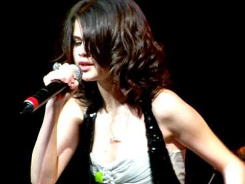 Wn Bidi Bidi Bom Bom Selena Gomez