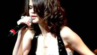 Selena Gomez covering Bidi Bidi Bom Bom - Selena Quintanilla