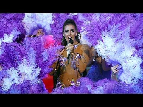 Cristina Pedroche imita a Jennifer Lopez - Tu cara me suena