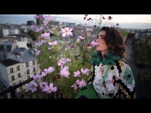 La Femme Gleen LVMH – Mademoiselle Agnès