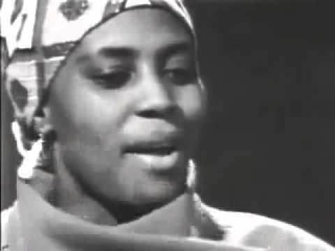 Miriam Makeba - Oxgam (LIVE)