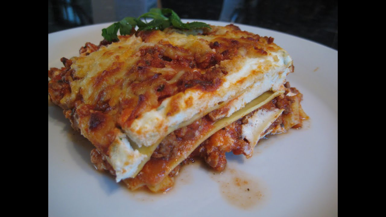 How To Make Lasagna Easy Lasagne Recipe Youtube