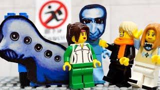 【LEGO遊び】恐怖の青鬼レゴが出現!?今度は先生と3人で謎を解いて脱出するぞ!【アナケナ&カルちゃん&ママケナ】Ao-oni