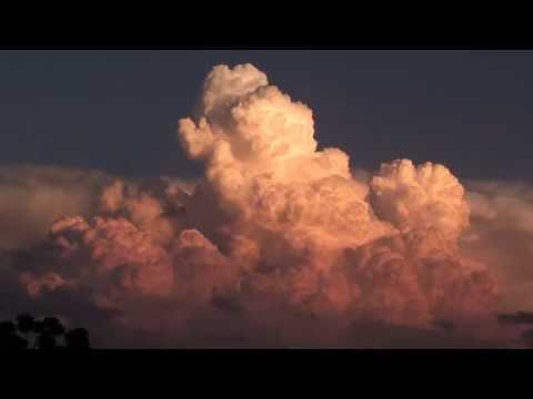 Sun goes down as a thunderhead boils up- HD