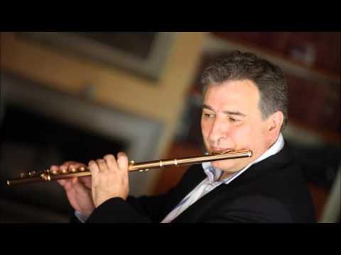 Devienne, Flute Concertos No. 12 In a Major. Flautista Claudi Arimany