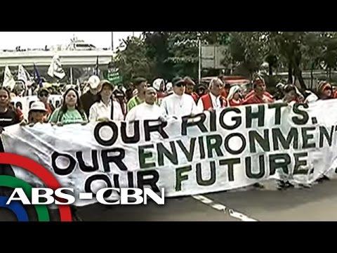 TV Patrol: Taga-suporta ni DENR Sec. Lopez, nag-rally sa Senado