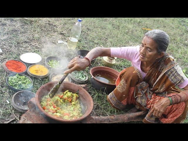 How To Cook Cauliflower and Tomato Curry Village Style || Myna Street Food || Food Info