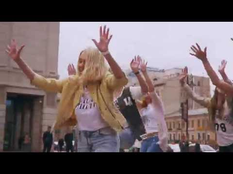 Bollywood Flash mob in Saint Petersburg Russia 2016 by Salsa Twins  & Friends!!! (Bollywood Russia)