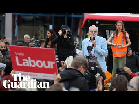 Jeremy Corbyn says he will end Universal Credit at a Chingford rally