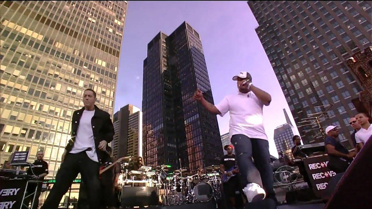 Download Eminem - Not Afraid Live (HD)