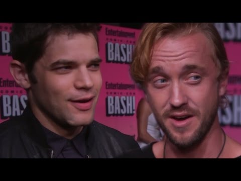 Celebrities Karaoke & 'Never Have I Ever' at Entertainment Weekly Party Comic Con 2016