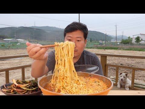 라면 먹고 싶어지는 영상~ [[남자라면(Hot instant noodles)]] 요리&먹방!! - Mukbang eating show