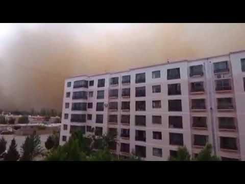 Sandstorm sweeps through NW China
