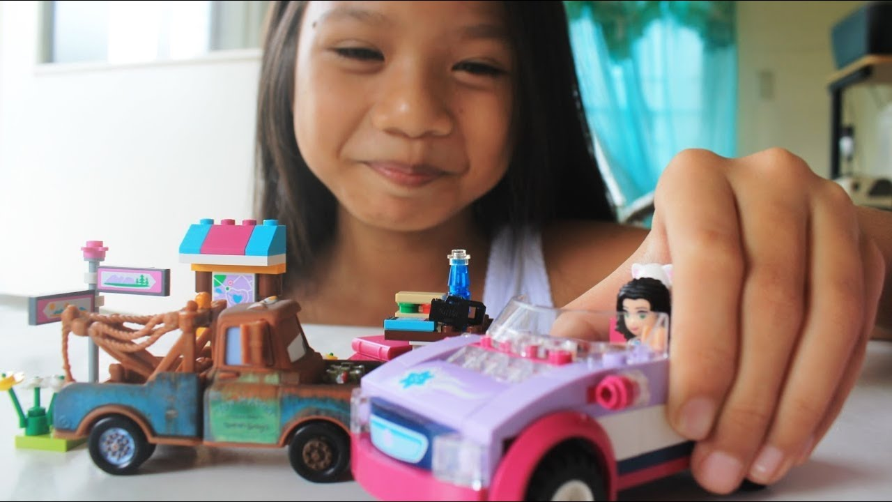 LEGO Friends Emma How to Assemble with Mater of Cars 2 Toys