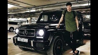 Тарасову пришлось заложить свои машины. У него огромные долги.