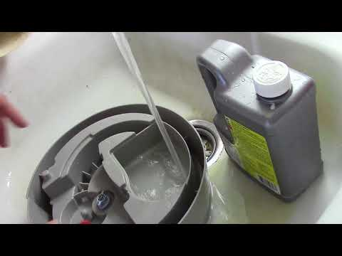 Humidifier Cleaning with CLR, Vinegar vs CLR