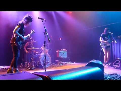 The Coathangers - Follow Me → Nosebleed Weekend (Houston 02.08.17) HD