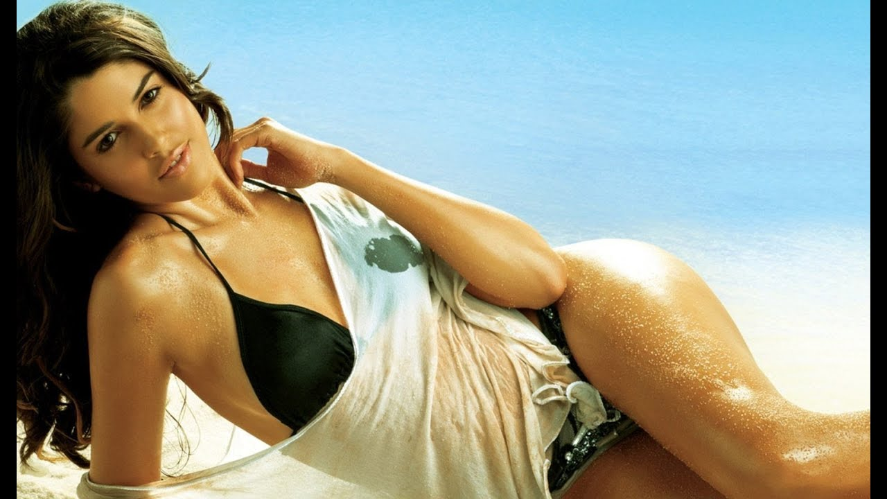 Hot and sexy images of bollywood actress