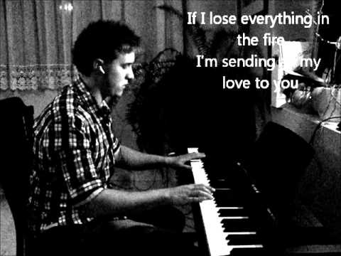 Green Day  - Last night on Earth on piano played by Ákos Rasman